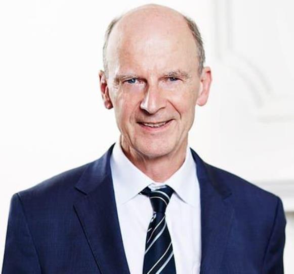 Dr Stephen Harland