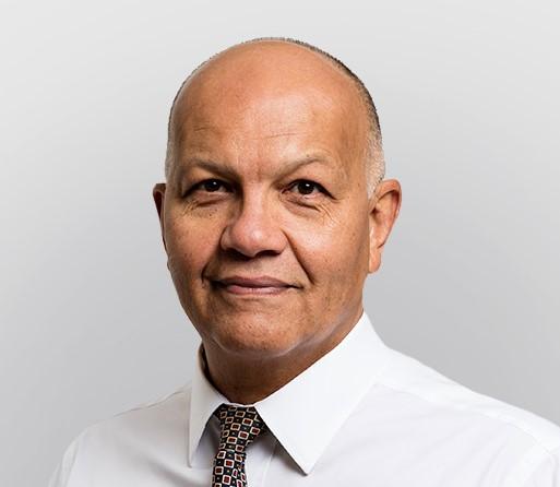 Mr Omer Karim