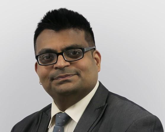 Dr Kamalnayan Gupta