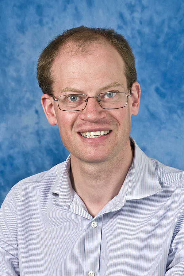 Dr Rob Hughes